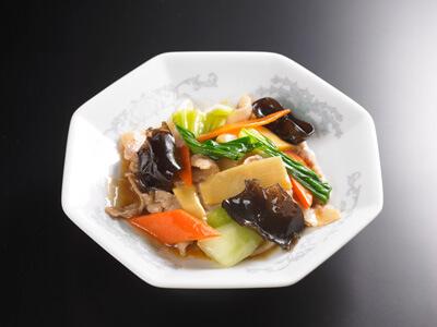 青梗菜と豚肉のオイスターソース炒め|中華料理 東京五十番