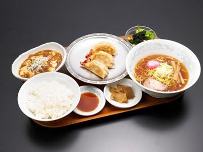 大えび餃子セット|中華料理 東京五十番